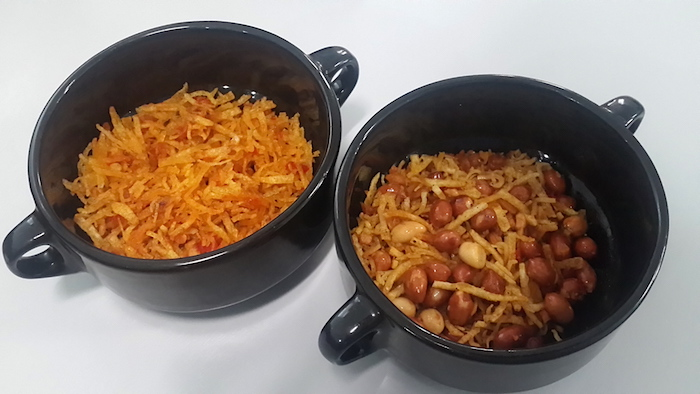 Kering kentang pedas dan kering kentang teri kacang original